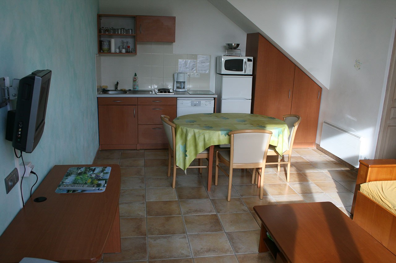 location d 39 appartements meubl s du studio au t3 nantes 44. Black Bedroom Furniture Sets. Home Design Ideas
